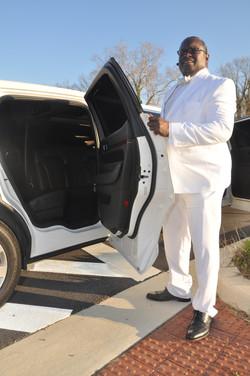 chucky limo 1.jpg