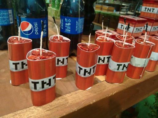 Bombas de TNT com chocolate