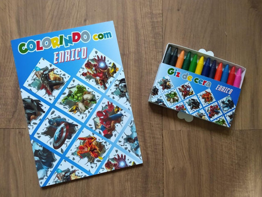 Kit de colorir personalizado