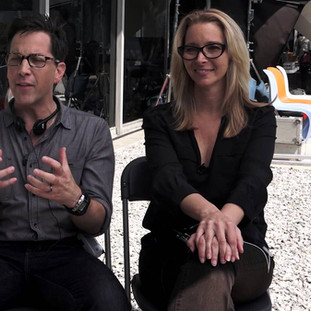 Cast Shitty Boyfriends for Lisa Kudrow and Dan Bucatinsky now on Refinery29