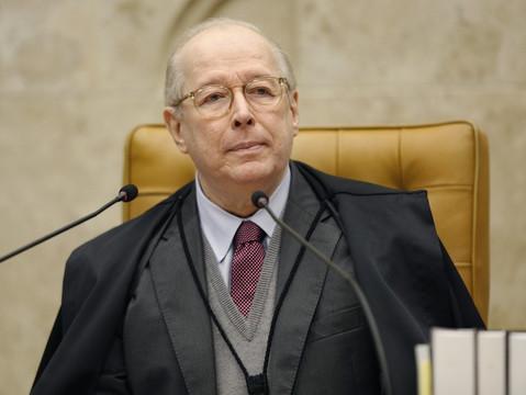 Habeas corpus de ofício a homem condenado ao regime semiaberto