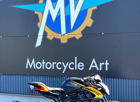 MY20  DRAGSTER800RR 明日入荷致します!
