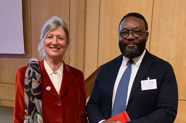 Marie-Claude Machon-Honoré (Présidente du Comité de liaison ONG-UNESCO) et Hyggins Sansa (Vice-président LIDDFC)