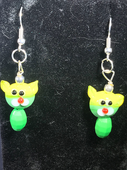 CATS GLASS CAT EARRINGS-yellow and green