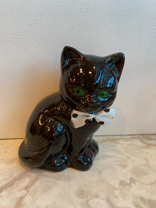 black kitten; green eyes; halloween decor