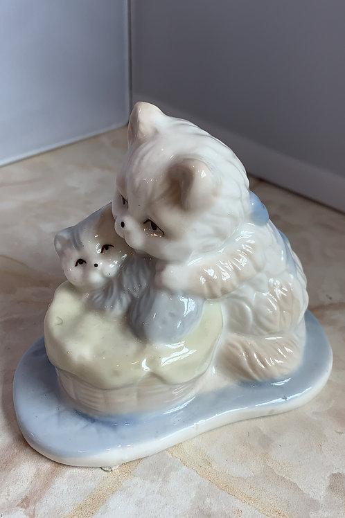 mom with kitten in a basket, antique mom kitten figurine