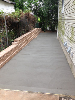 Side house concrete