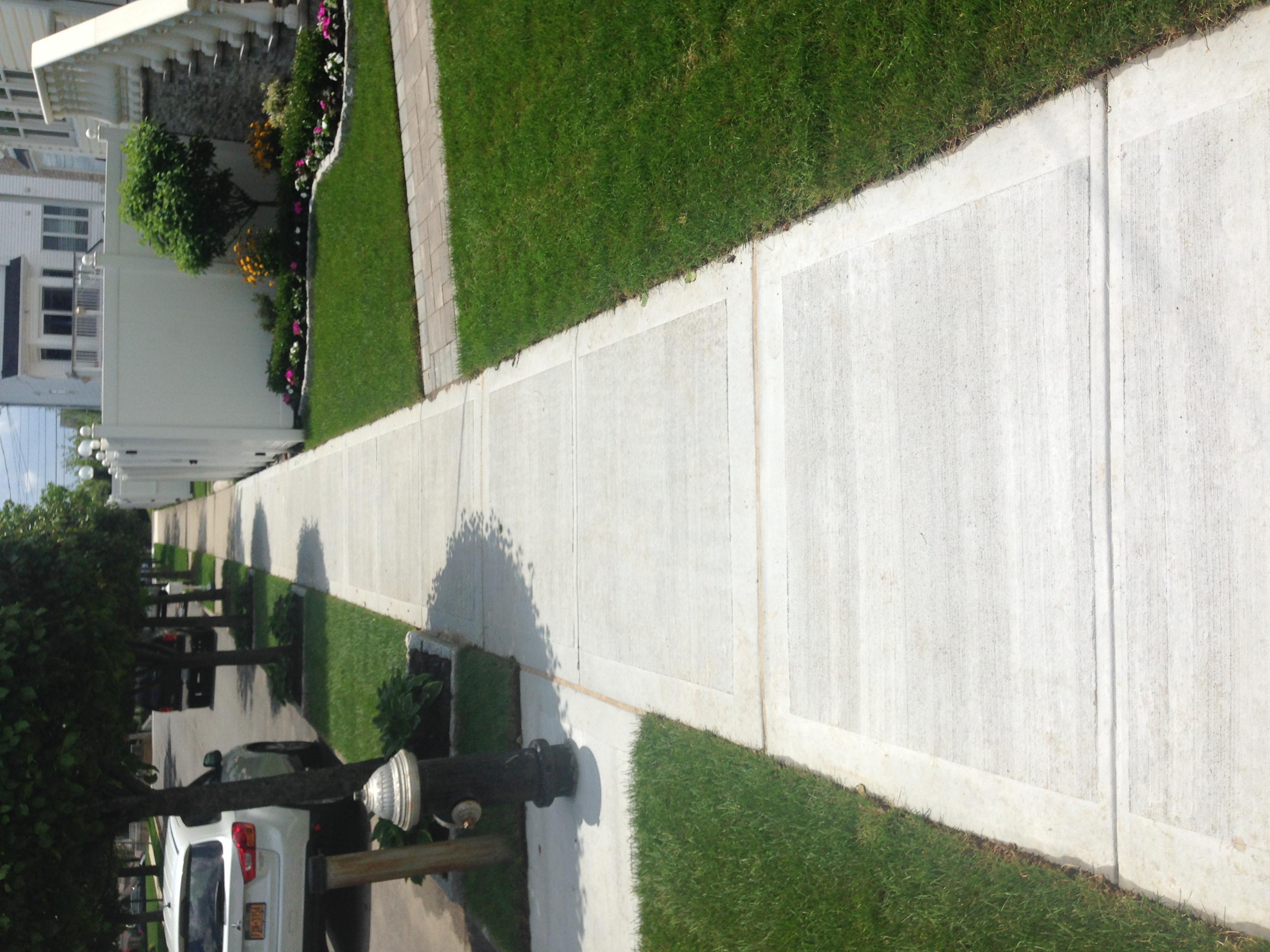 Side walk concrete