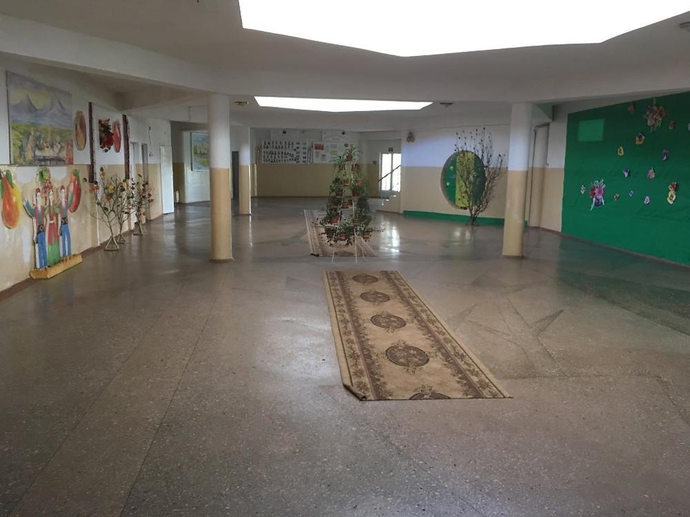 Entrance hall, Stepanavan school