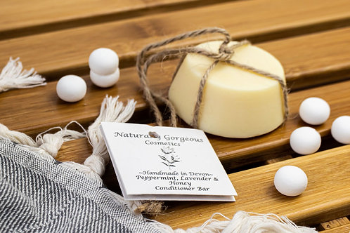Peppermint, lavender and honey solid conditioner bar