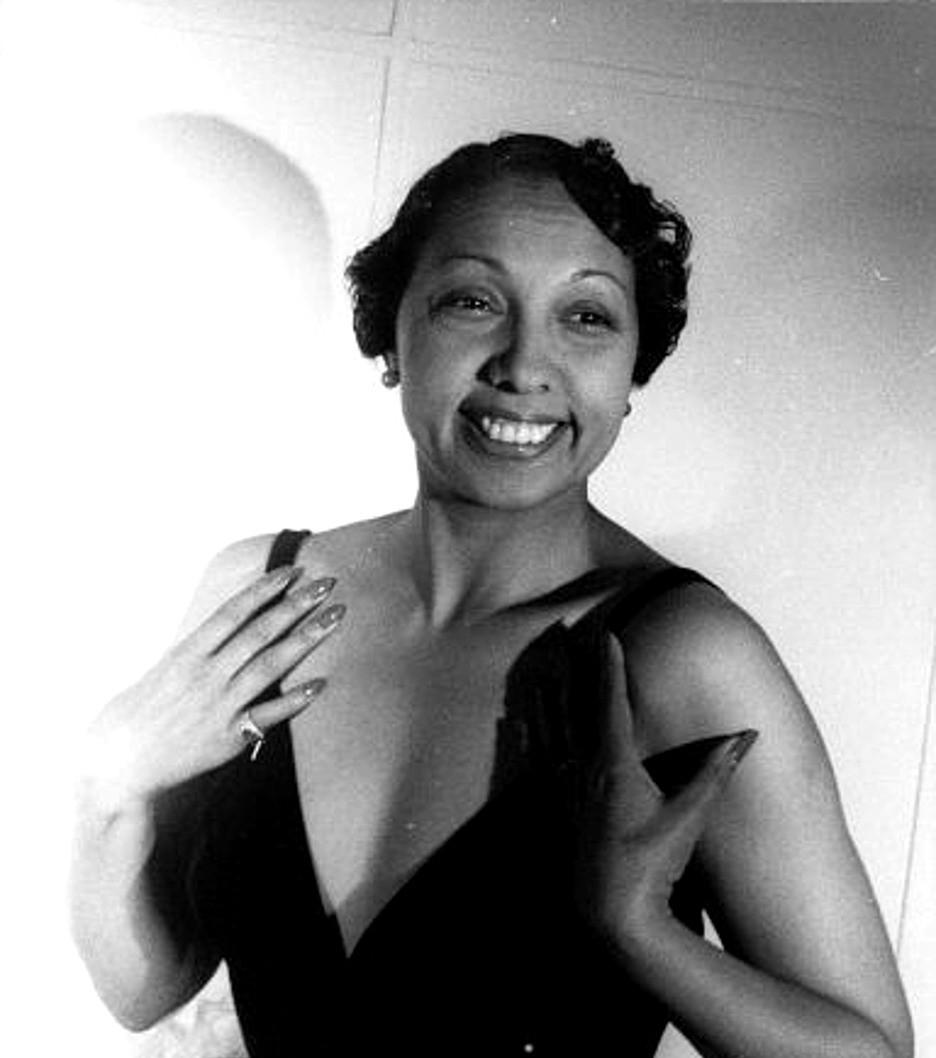 Josephine Baker on October 20, 1949 (Image Source: Carl Van Vechten, Van Vechten Collection at Library of Congress)