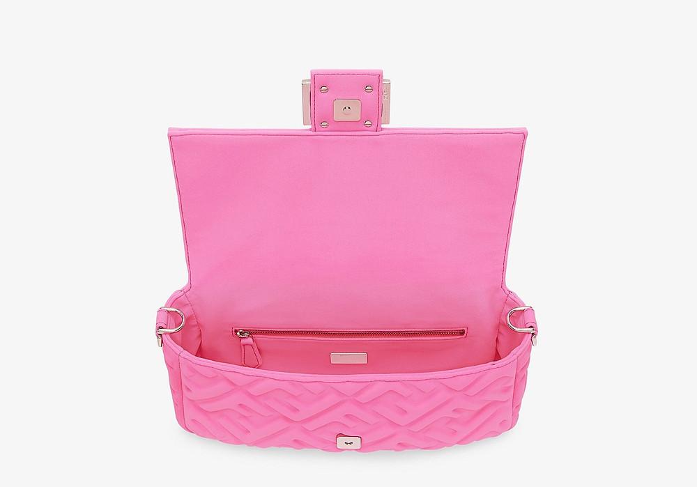 Iconic Fendi Baguette bag حقيبة فندي الايقونة من مجموعة باغيت