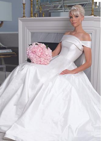 Legends Romona Keveza Bridal 2019