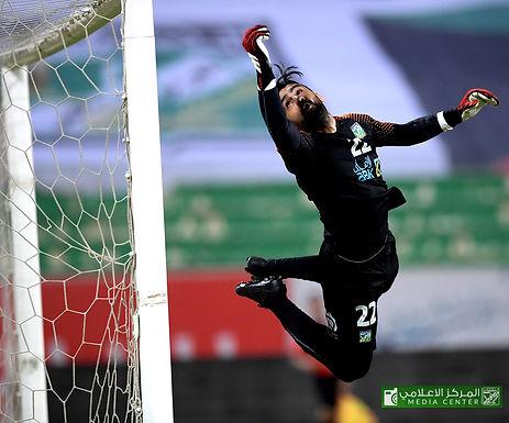 لقطات من المواجهة الودية التي جمعت العربي والقادسية