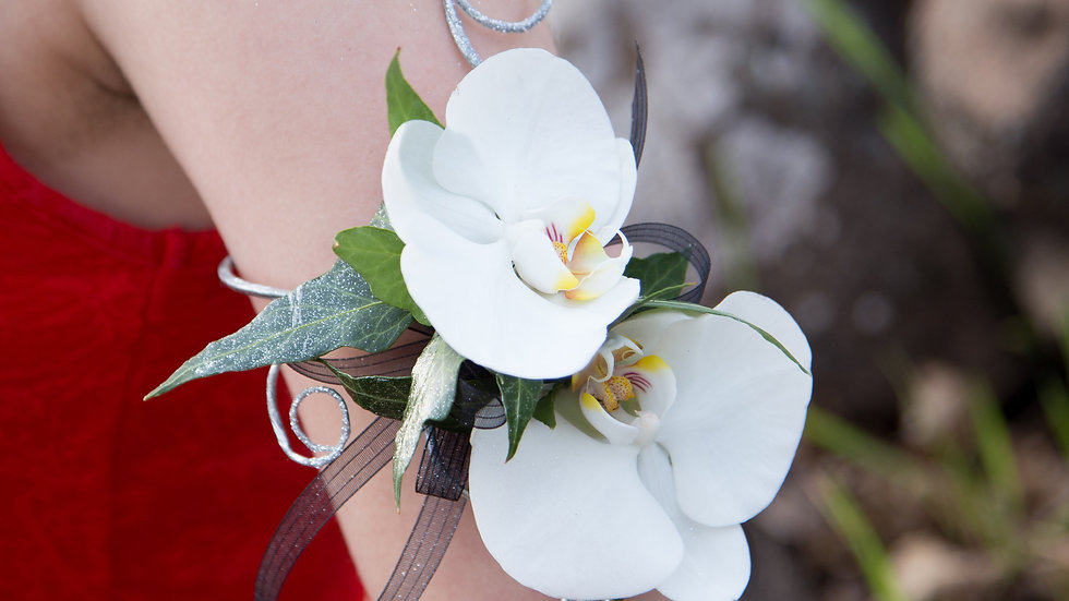 Fresh Orchid Armlet
