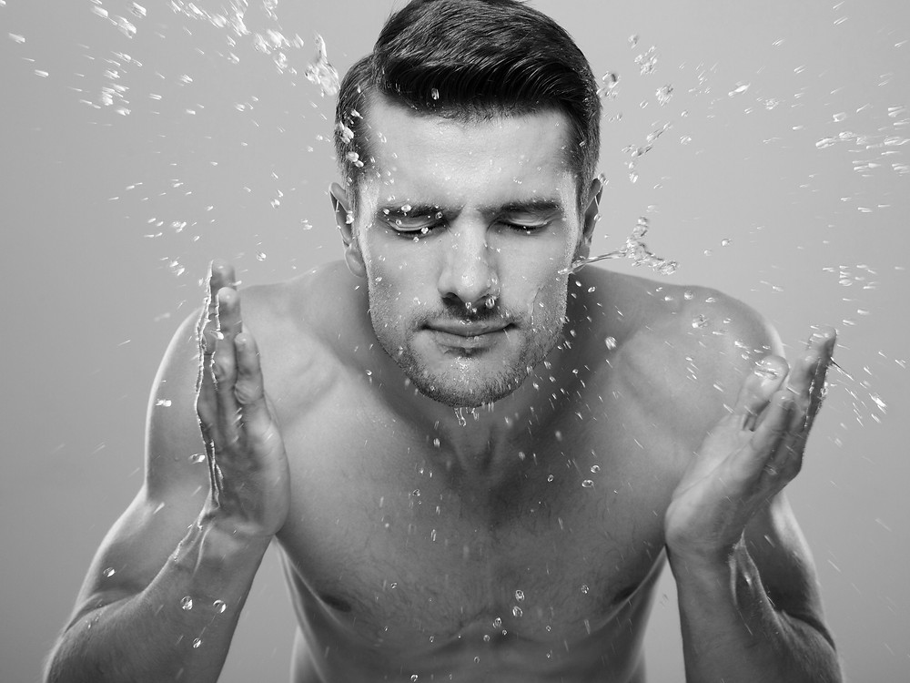 不僅幫你消除皺紋和細紋,更能幫助深層清潔毛孔髒污,讓肌膚重新呼吸!