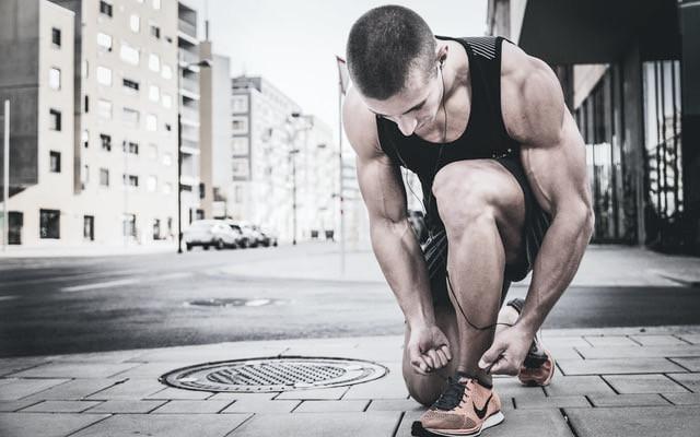 養成每週運動的習慣及維持健康的飲食,擺脫不健康的身體,維持精實的體態,讓你看起來更迷人、有魅力。