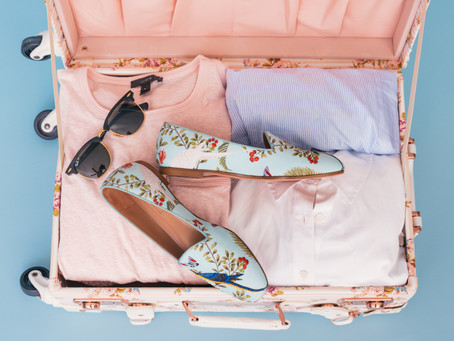 10 Essential Travel Items Women need to Pack for a South African Holiday