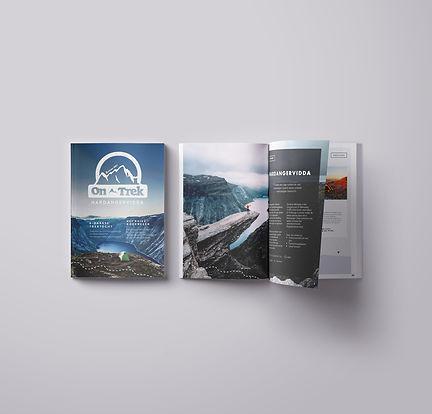 Magazine-Mockup-Presentation-vol9(2)_edi