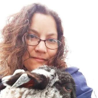 Anjela Barnes headshot