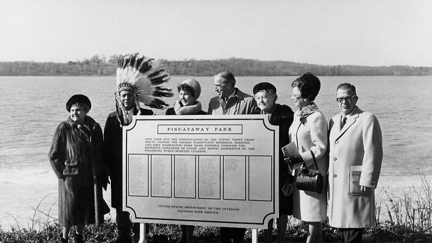 Piscataway Park dedication 1968_edited.jpg