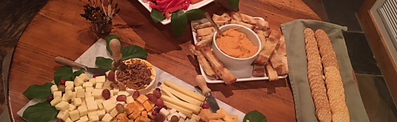 CHEESE TRAY (serves 20-25 people)