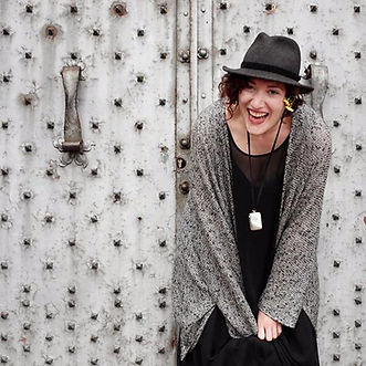 Elise Goldstein : Muse, Meaning-Maker & Medicine Woman