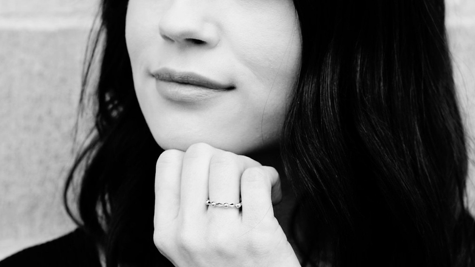 The Diamond in the Middle Stacking Ring