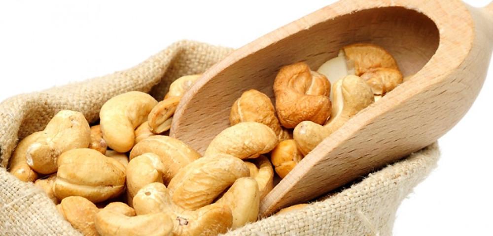 Health Benefits of Cashew (Kaju)