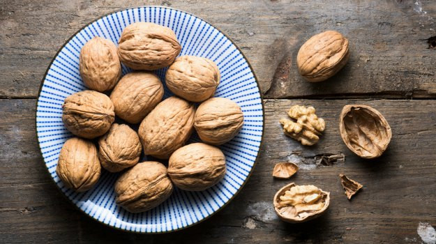 Walnuts Health Diet Benefits - Superfood Walnut