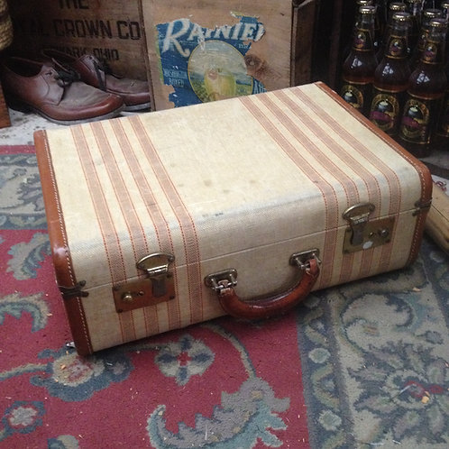 expanded traveling case