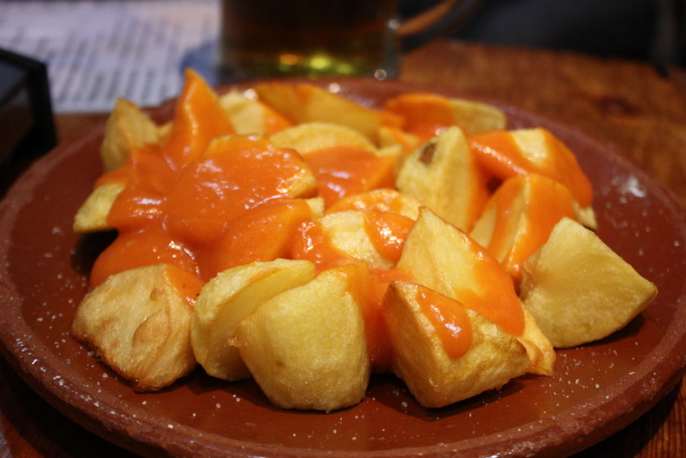 patatas bravas barcellona