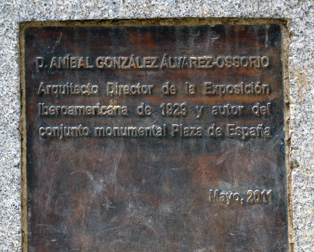 Siviglia e Aníbal González