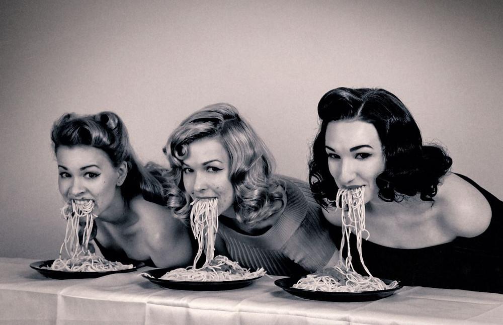 spaghetti pin-up