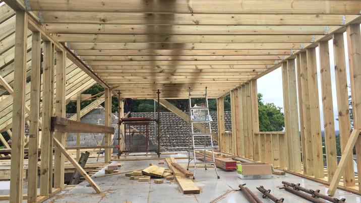 Quarry Road roof construction 1
