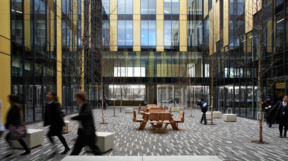 Isaac Newton Academy exterior courtyard