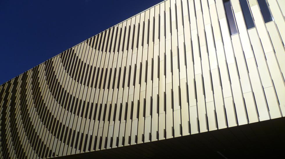 Isaac Newton Academy facade