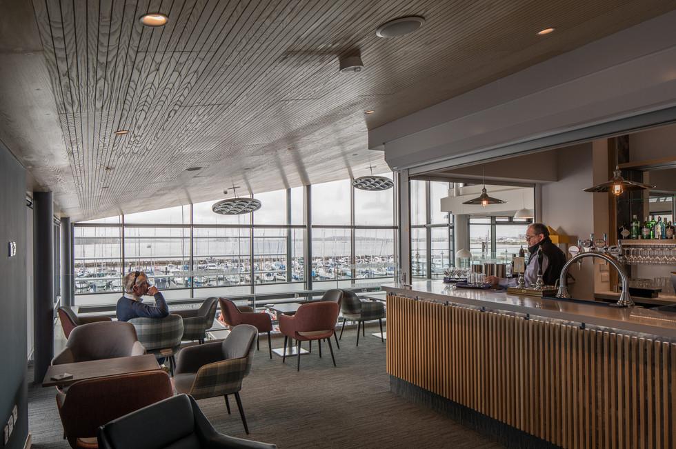Parkstone Yacht Club bar