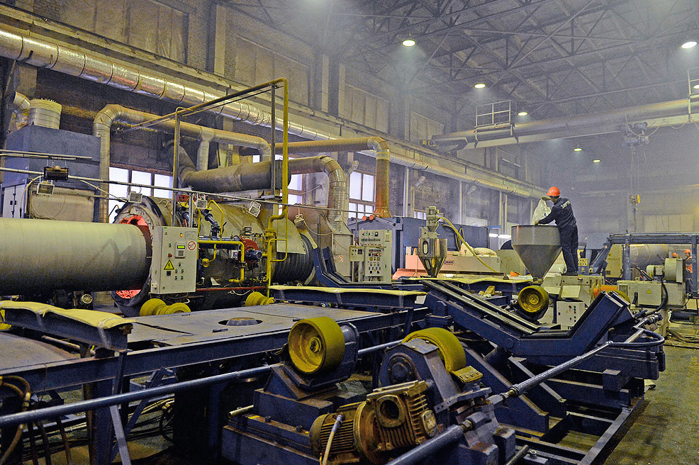 Завод ТВЭЛ-Тобольск. На автоматизированных технологических линиях доля живого труда минимальна