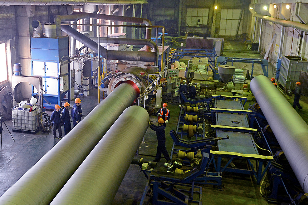 Завод ТВЭЛ-Тобольск. Подготовка труб для нанесения 2-х-3-х слойнойного защитного покрытия
