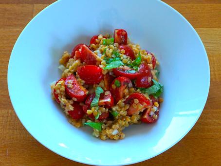 Linsen-Tomaten Salat - gesund, proteinreich, pflanzlich