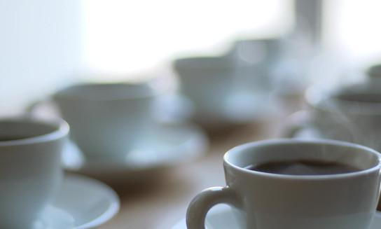serverar kaffe