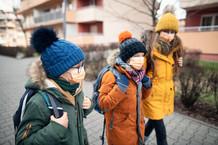 VG Düsseldorf, 24.08.2021 - 29 L 1693/21: Corona - Grundschülerin muss im Unterricht Maske tragen