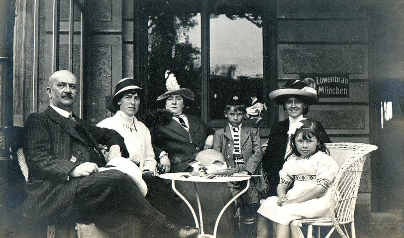ビンテージの家族の肖像画
