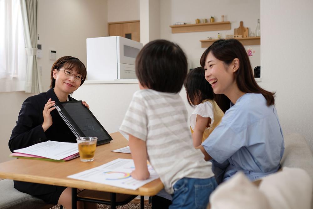 借地借家法により、入居者・オーナーは家賃増減を請求することができます