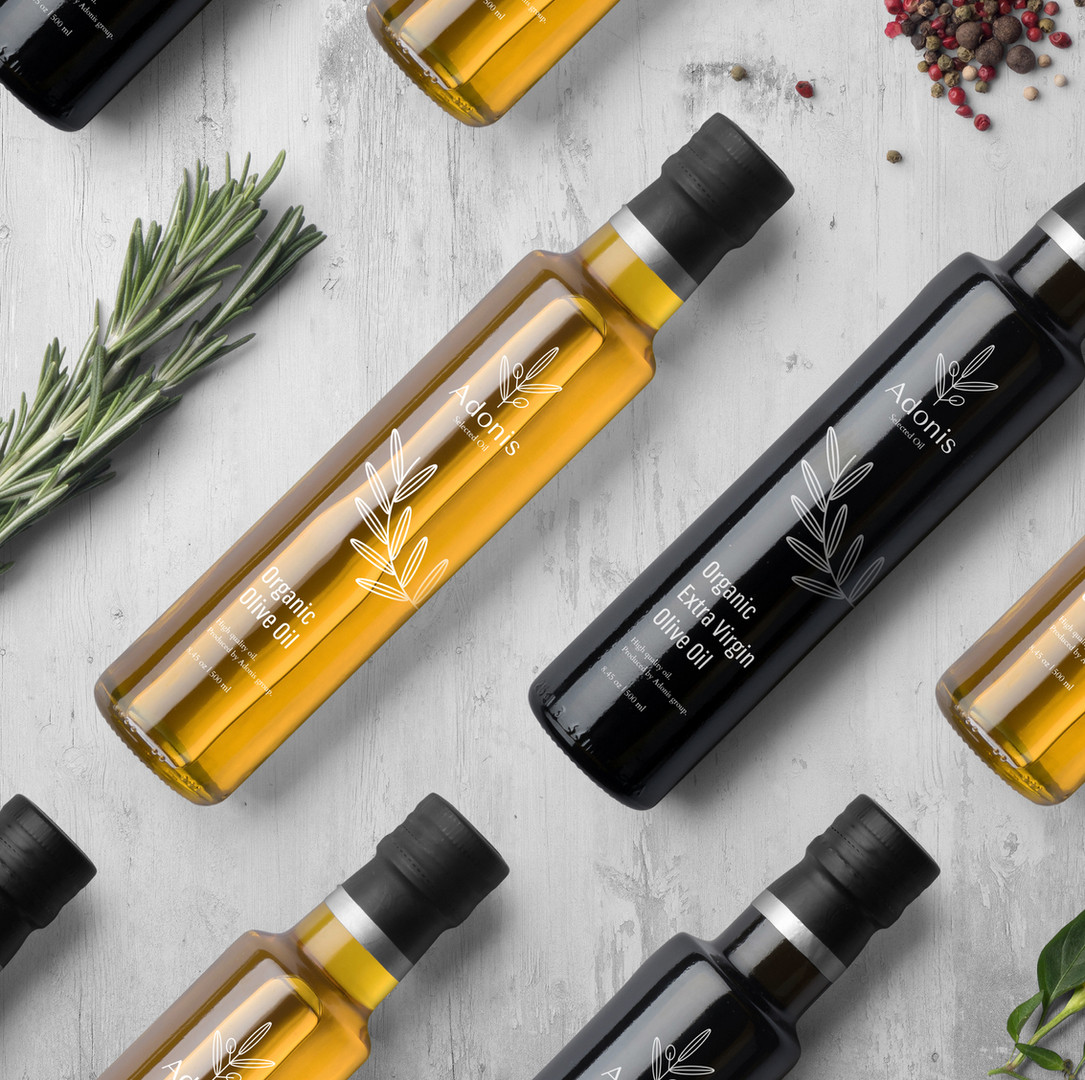 Botellas del aceite de oliva