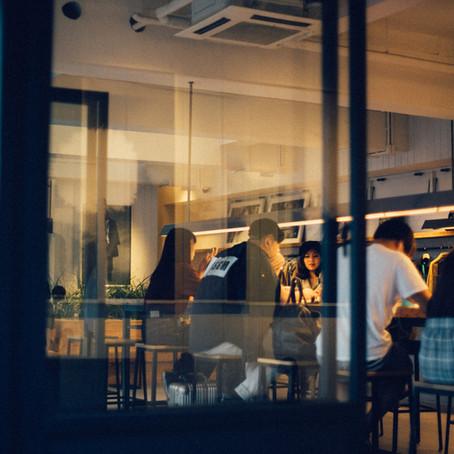 飲食店の色温度(光の色)の決め方