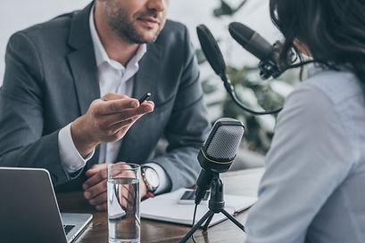 ラジオインタビュー