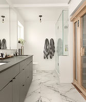 Luxurious Bathroom