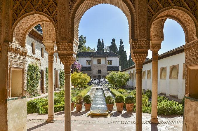 Viaje en grupo para mujeres lesbianas a Granada - Alhambra